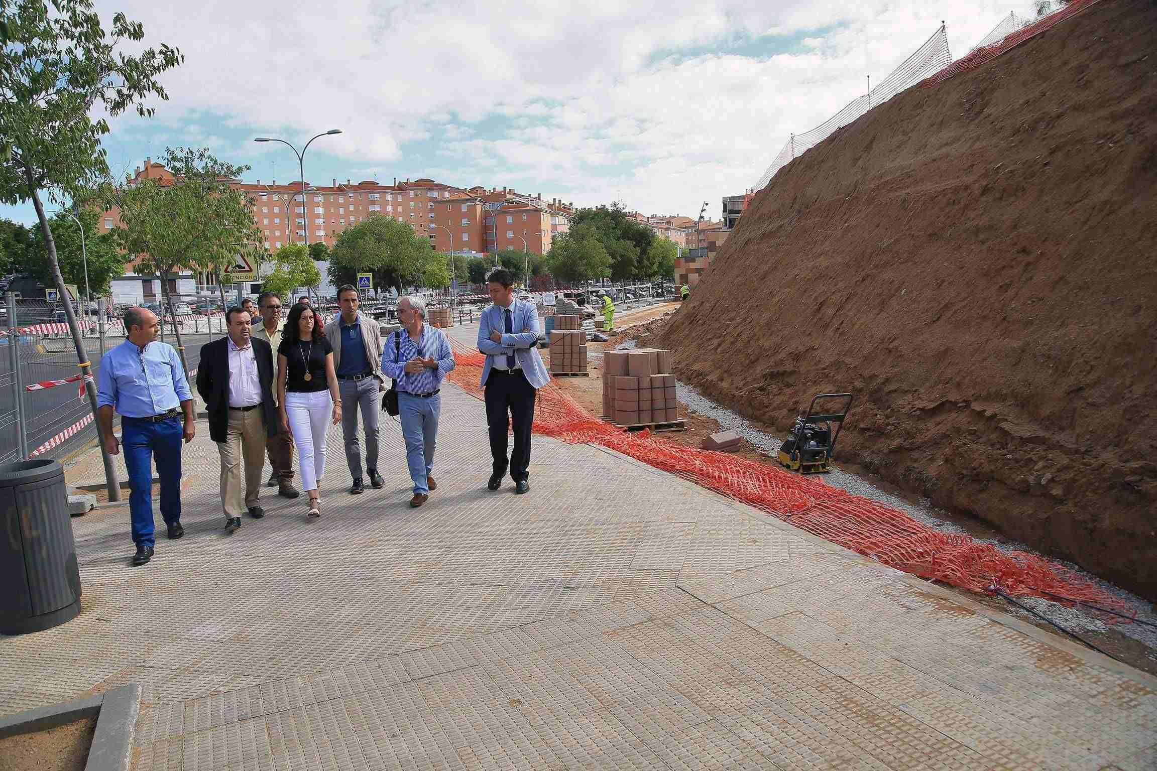 El Ayuntamiento remodela el talud anexo al centro de salud Buenavista 3