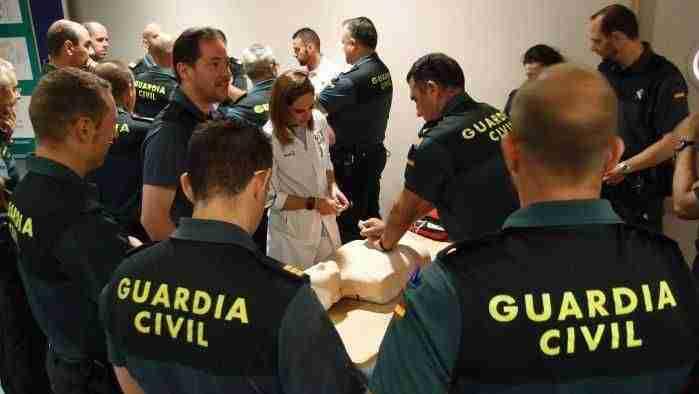 """El presidente García-Page orgulloso por la Guardia Civil de la región, insistió en que """"no necesitamos policía autonómica"""" 1"""