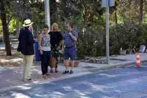 El Consistorio realiza arreglos de accesibilidad, albañilería y labores de limpieza de zonas ajardinadas en Santa Bárbara 3
