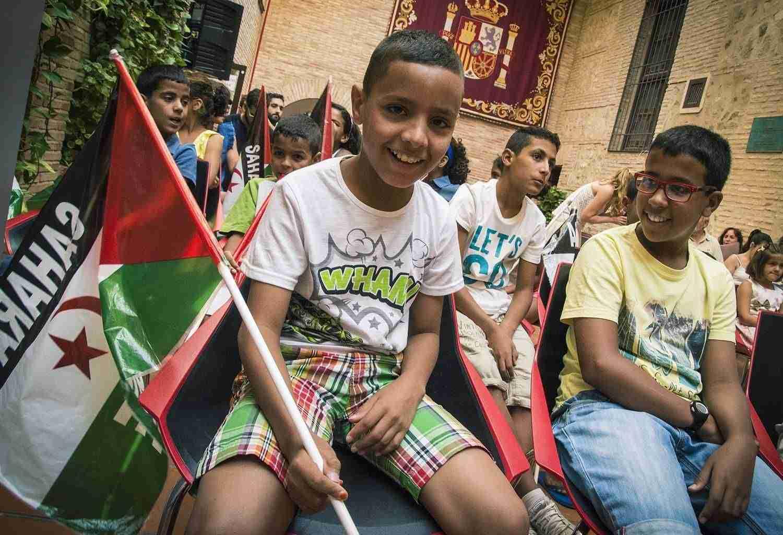 """Compromiso con el Pueblo Saharaui y recibe a los niños que pasarán sus """"Vacaciones en paz"""" en Toledo 6"""