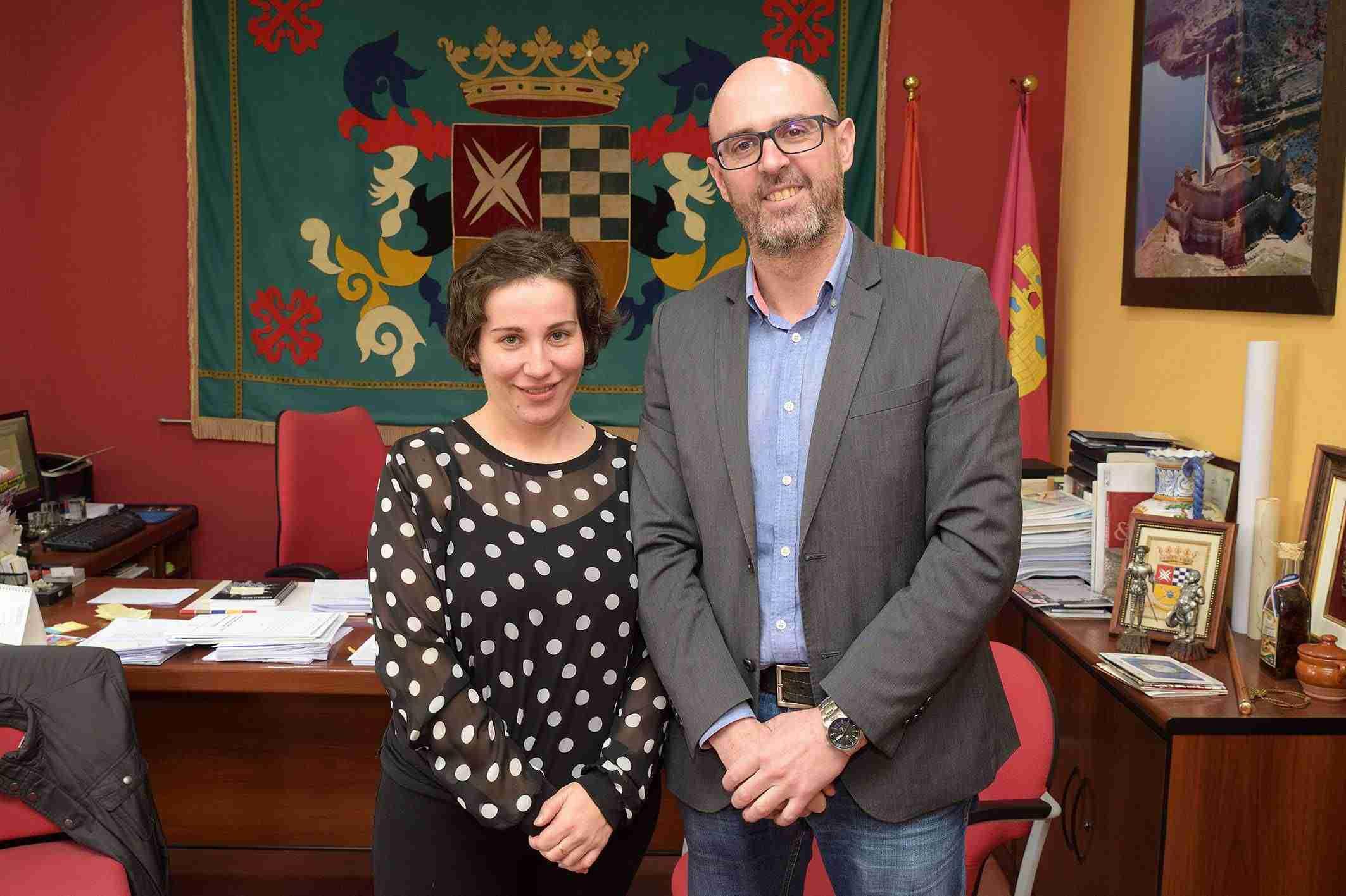 La Agrupación Maestro Martín Díaz y la coral Villa del Alba ratifican convenios con el Ayuntamiento 2