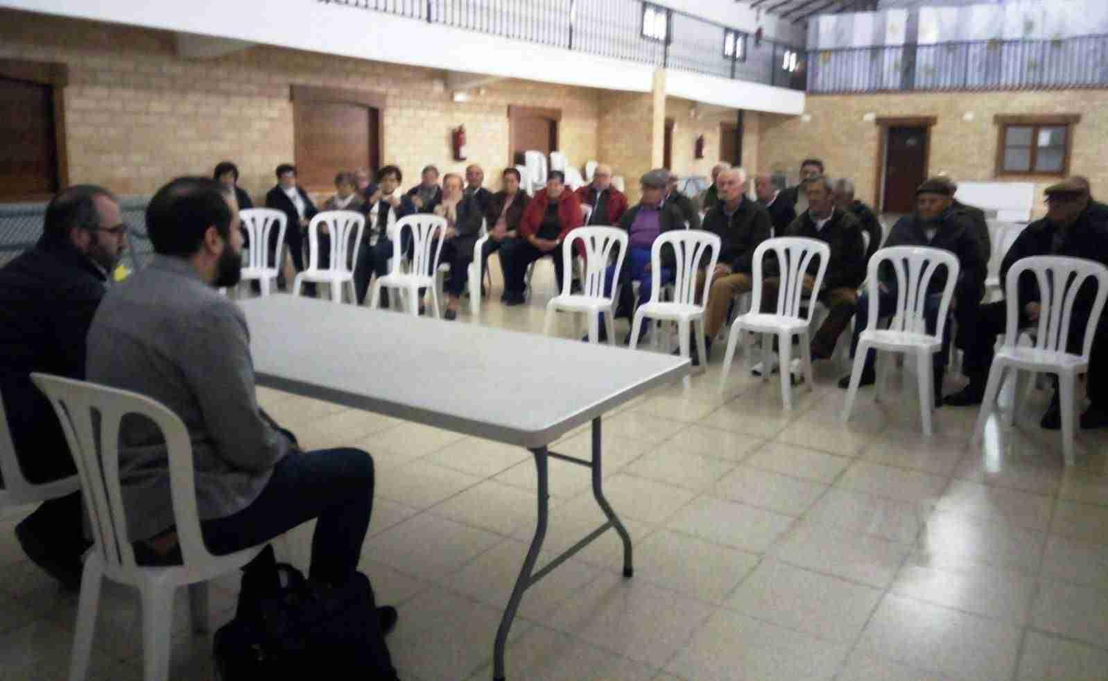 El PSOE provincial acude a Saceruela y Solana del Pino para conocer de primera mano la situación de sus pensionistas 1