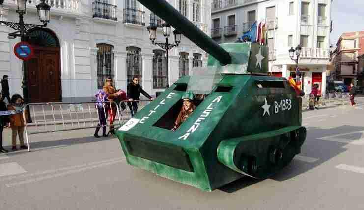 autos-locos-tomelloso-tanque2 1