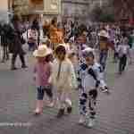 Mayores y pequeños se divierten en los actos carnavaleros de Quintanar 5