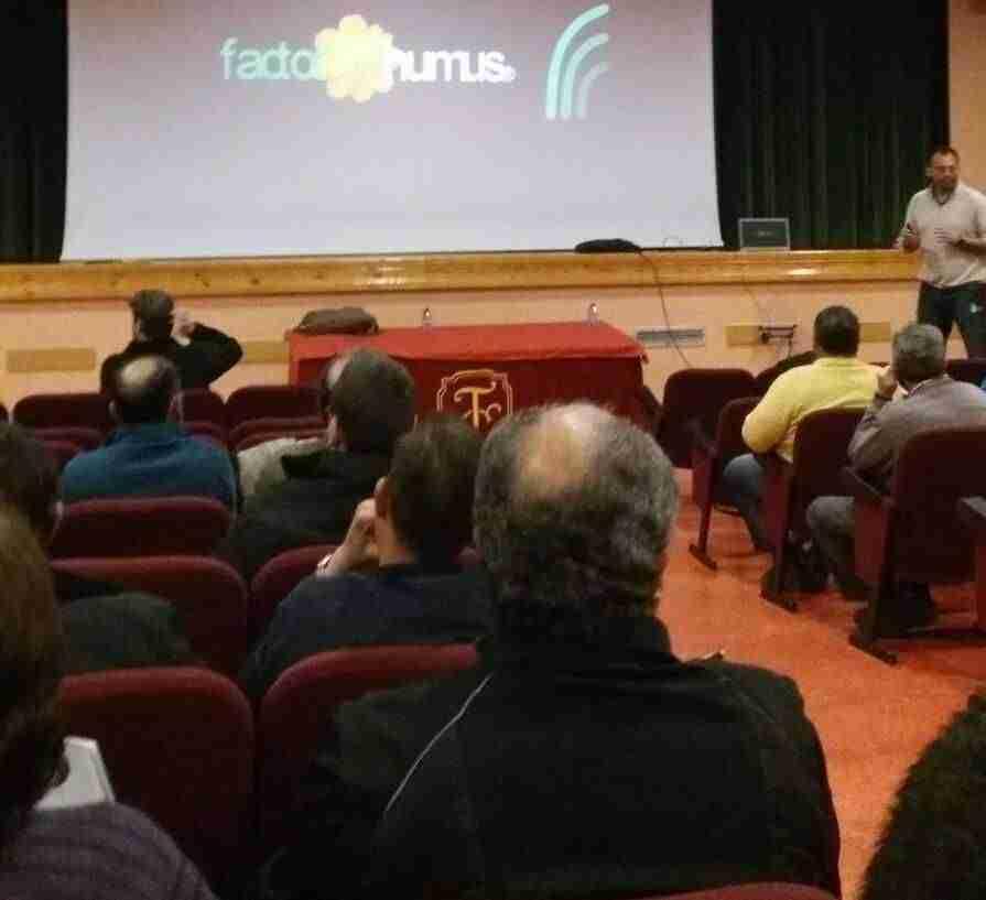 Agricultores torralbeños asisten a una charla para combatir enfermedades de la vid y el olivo 3