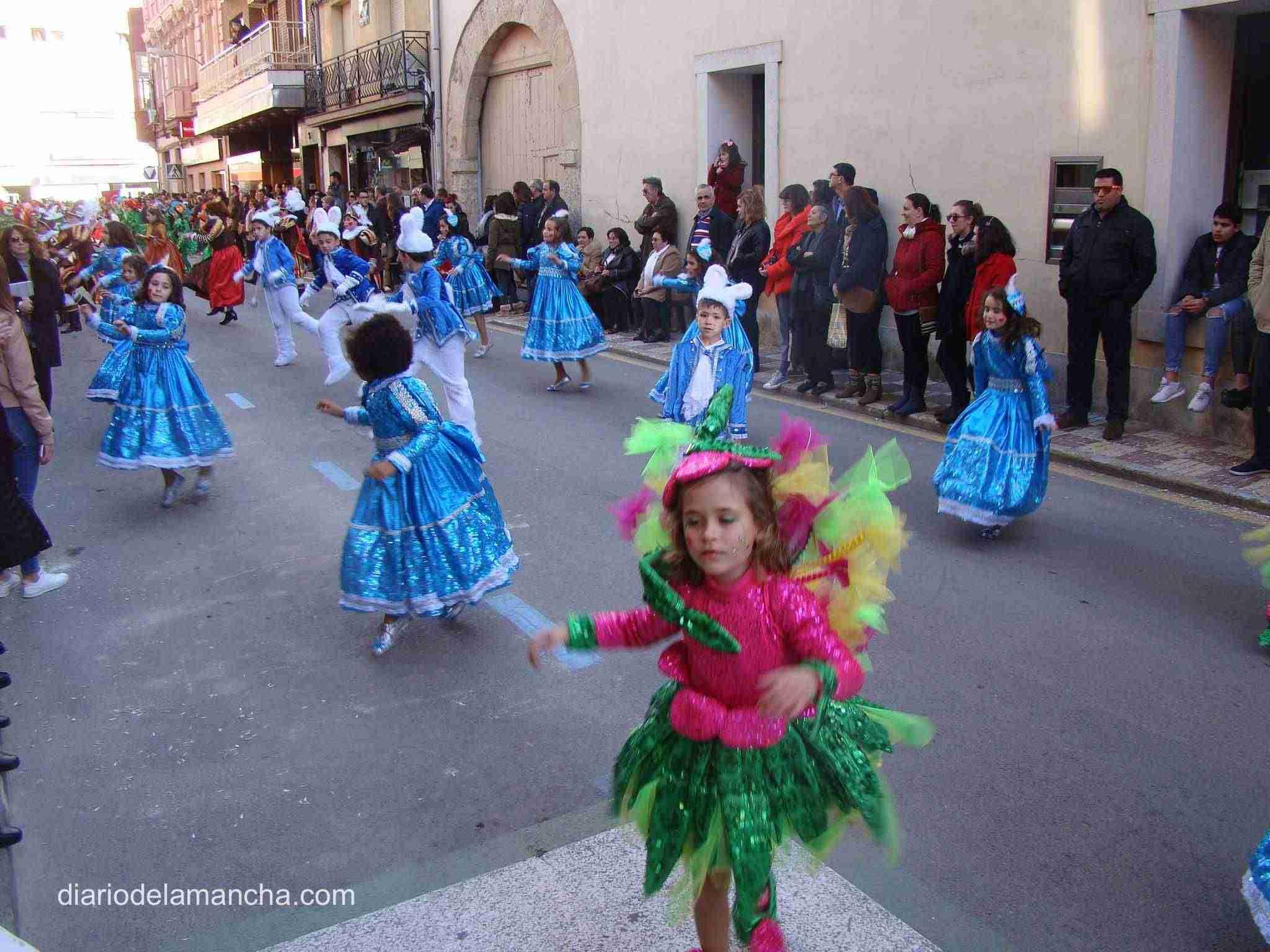 desfile-carnaval-2018-quintanar-de-la-orden-11 1