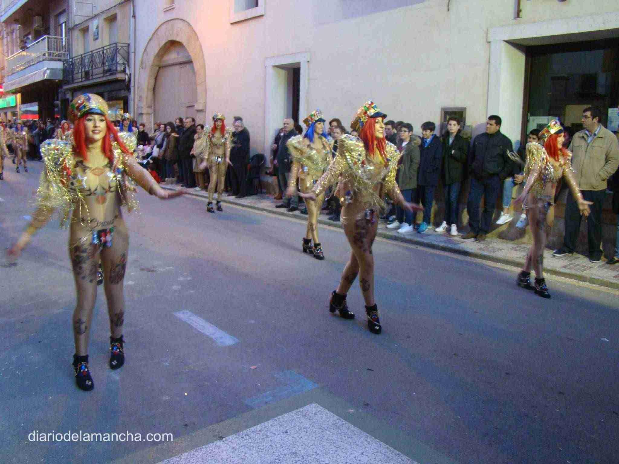 desfile-carnaval-2018-quintanar-de-la-orden-40 1