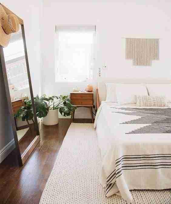 alfombra en el dormitorio VI