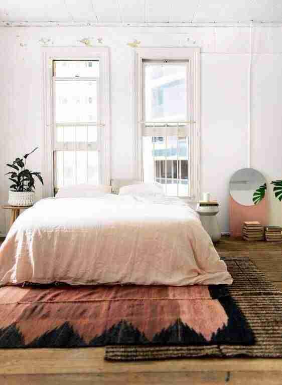 alfombra en el dormitorio IX