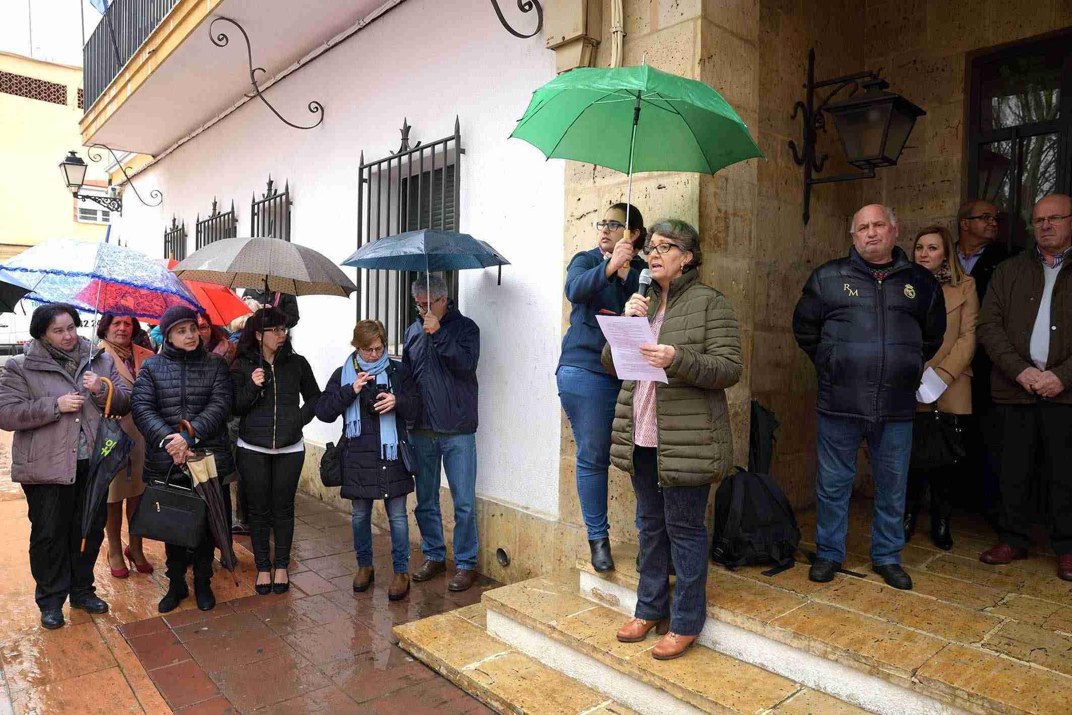 Argamasilla de Alba conmemora el 8M con una concentración por la igualdad 3