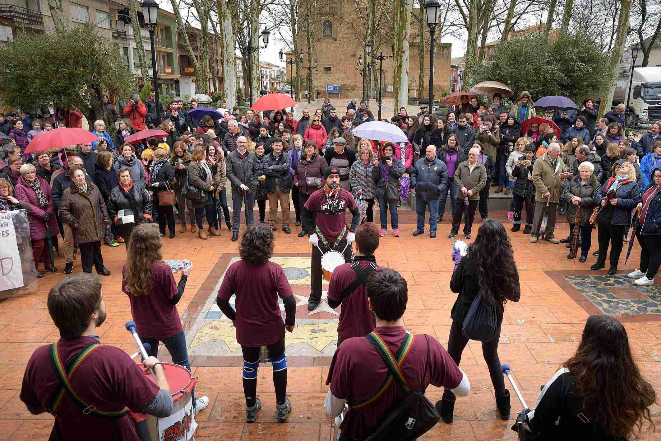 Argamasilla de Alba conmemora el 8M con una concentración por la igualdad 4