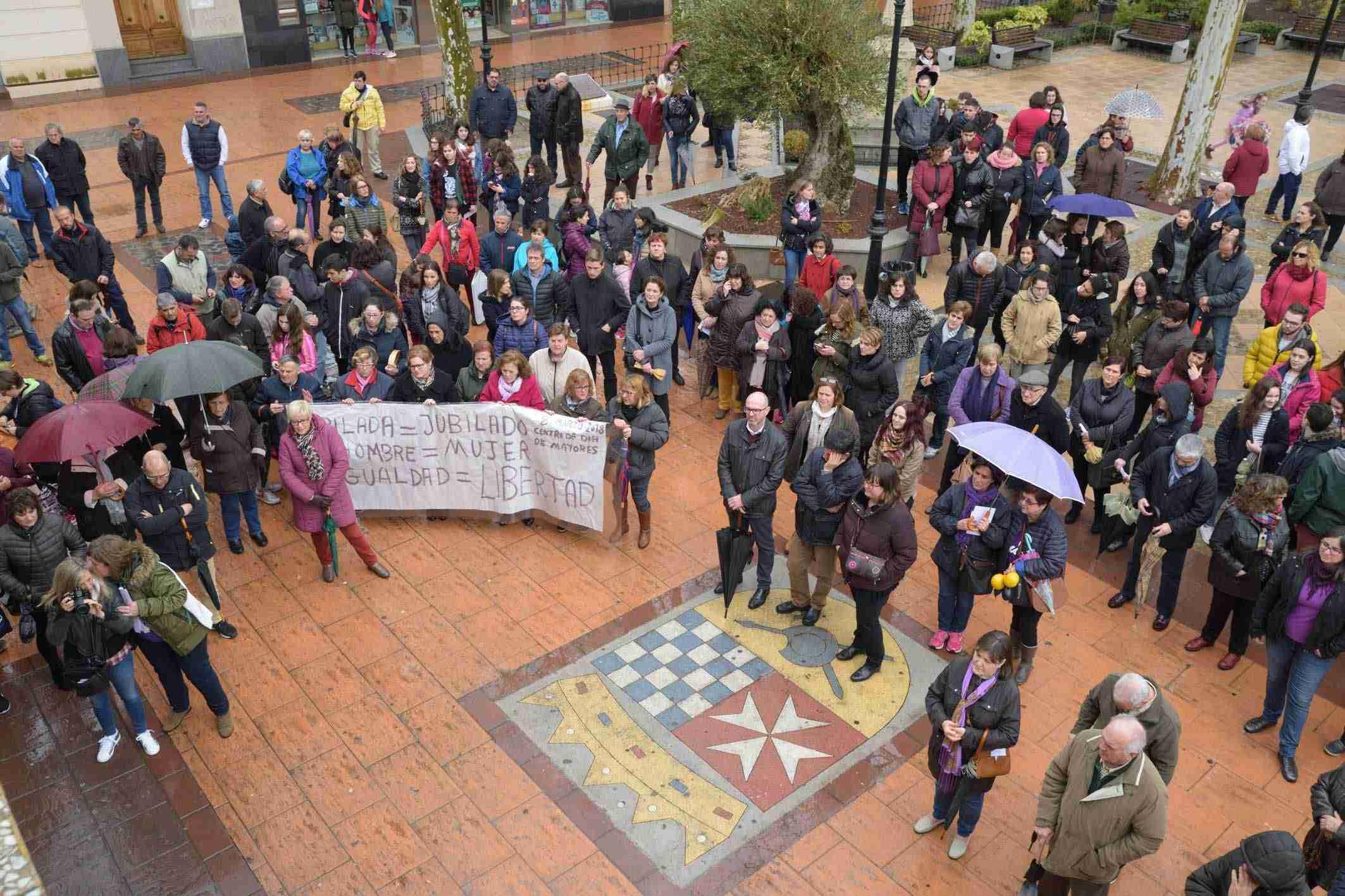 Argamasilla de Alba conmemora el 8M con una concentración por la igualdad 9