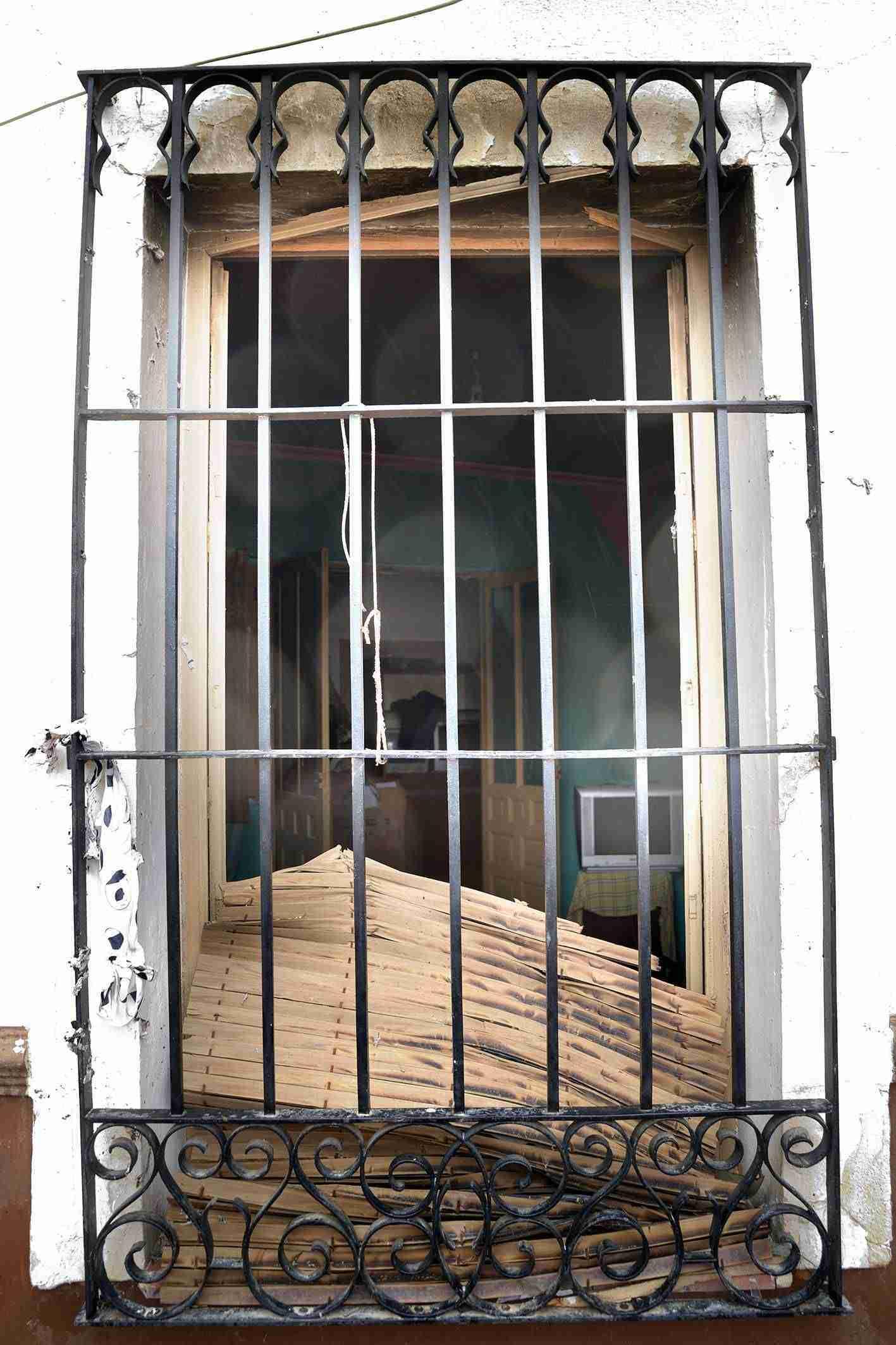 Una explosión de gas causa importantes daños en una vivienda de Argamasilla de Alba 1