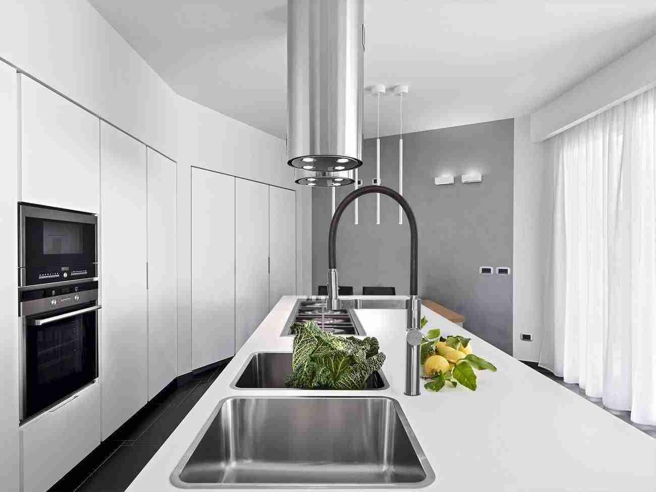 Grifo de cocina extraíble con sistema osmosis de Ramon Soler 5