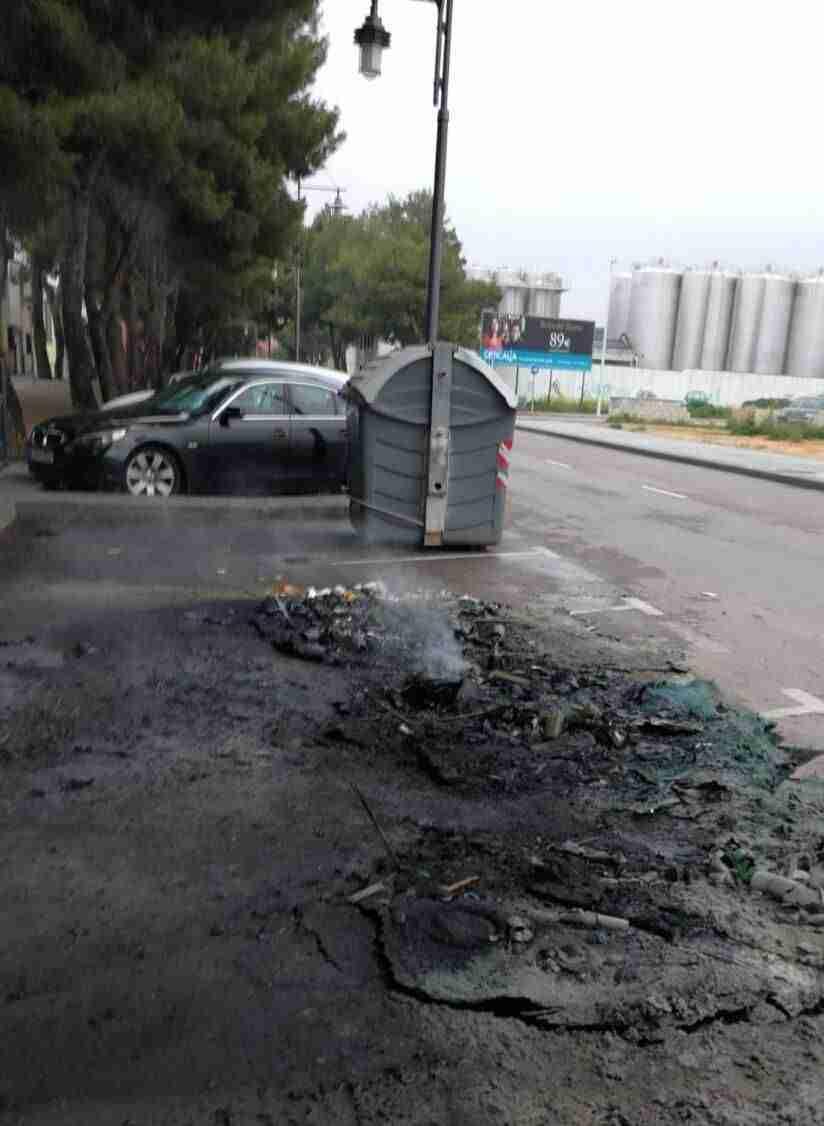 La policía de Alcázar alerta de los incendios intencionados de los contenedores de basura 3