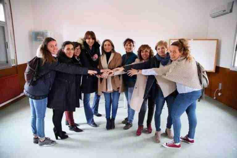 Toledo cede al AMPA de 'La Candelaria' las antiguas escuelas municipales de Azucaica para uso escolar y de ocio