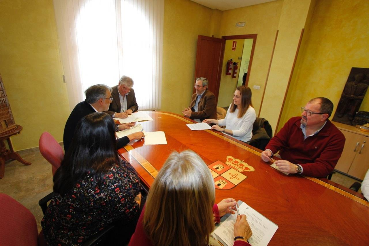 Firmados los convenios en Illescas a favor de entidades sociales, deportivas y educativas 5