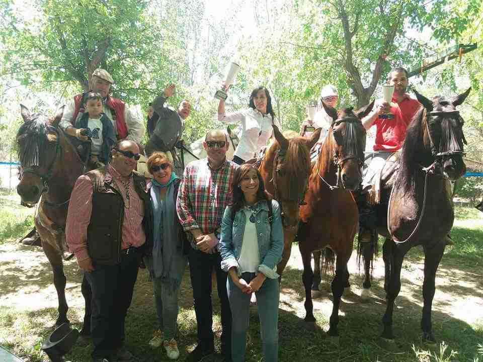 Torralba se volcó con la tradicional romería de San Isidro 2