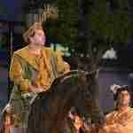 El Caballero de la Triste Figura sale victorioso de la aventura de los leones en El Quijote en la Calle 8