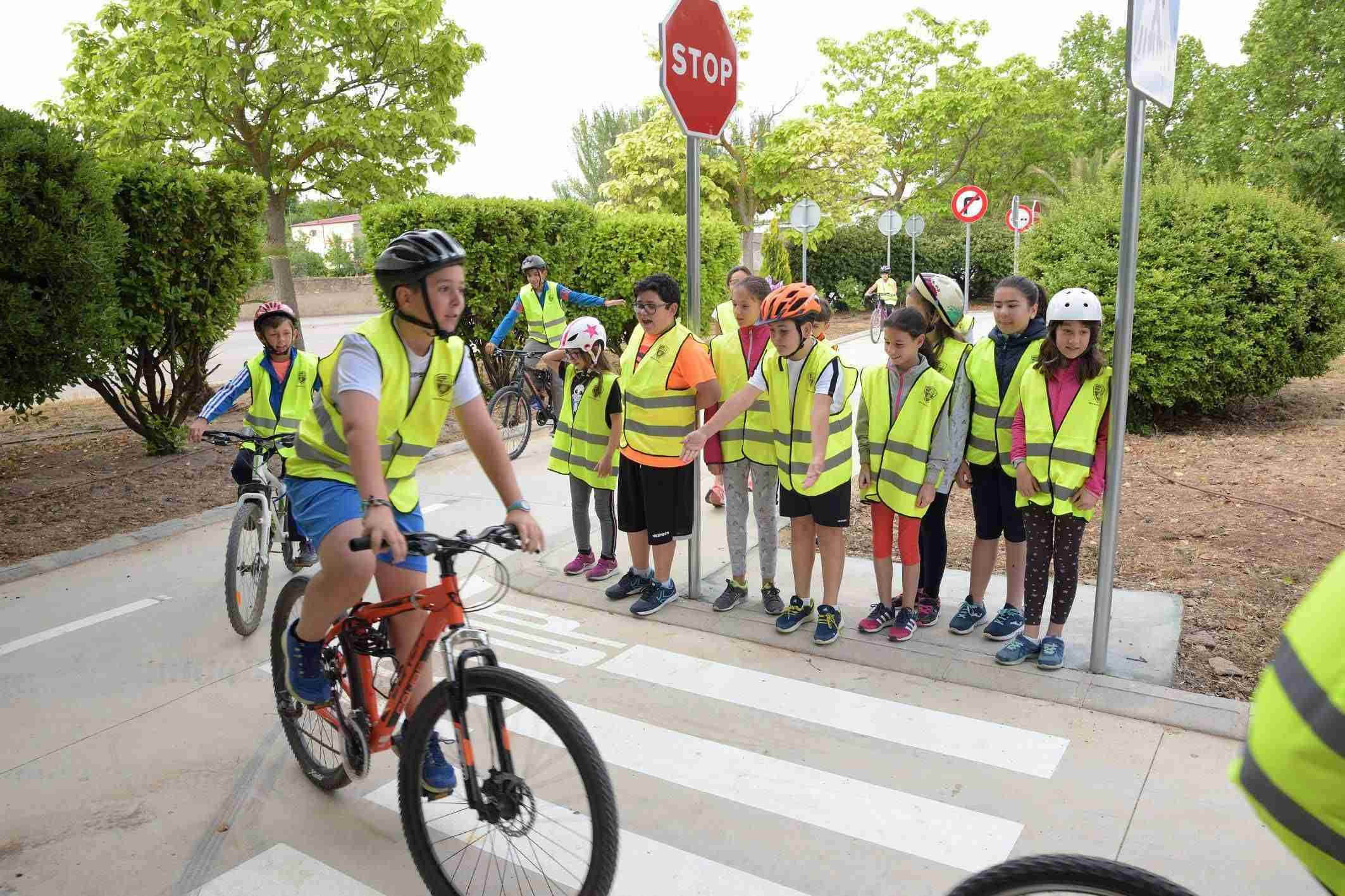 Los escolares de Argamasilla ponen en práctica sus conocimientos sobre circulación vial 1