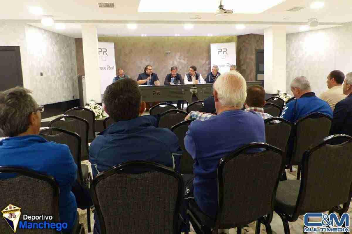 Celebrada la Asamblea General de Socios del Deportivo Manchego 4
