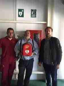 """UGT FICA anima a las empresas a seguir el ejemplo de Bodegas Lozano de Villarrobledo y ser """"espacios cardioprotegidos"""" con desfibriladores 5"""
