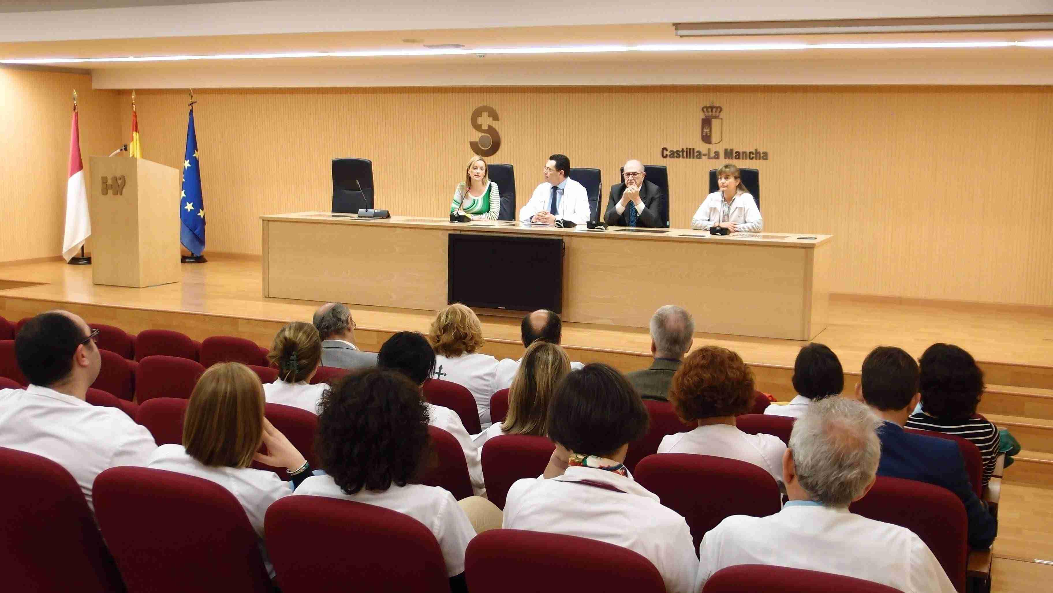 Dos hospitales de Ciudad Real y la AECC amplían la colaboración en programas de acompañamiento y apoyo al paciente oncológico 3