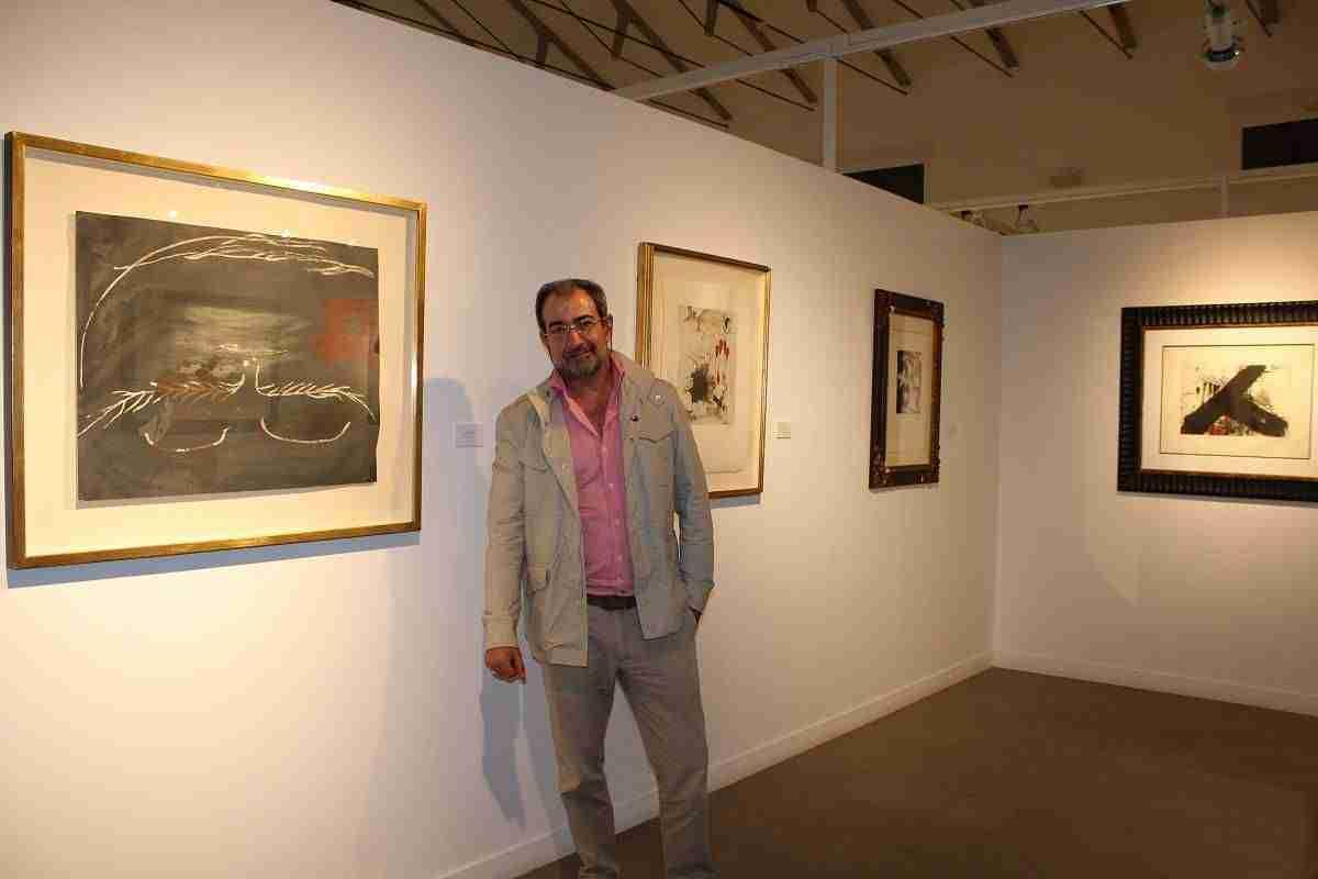 Antonio Ruiz De Castañeda recibe una mención de honor por su trabajo 1