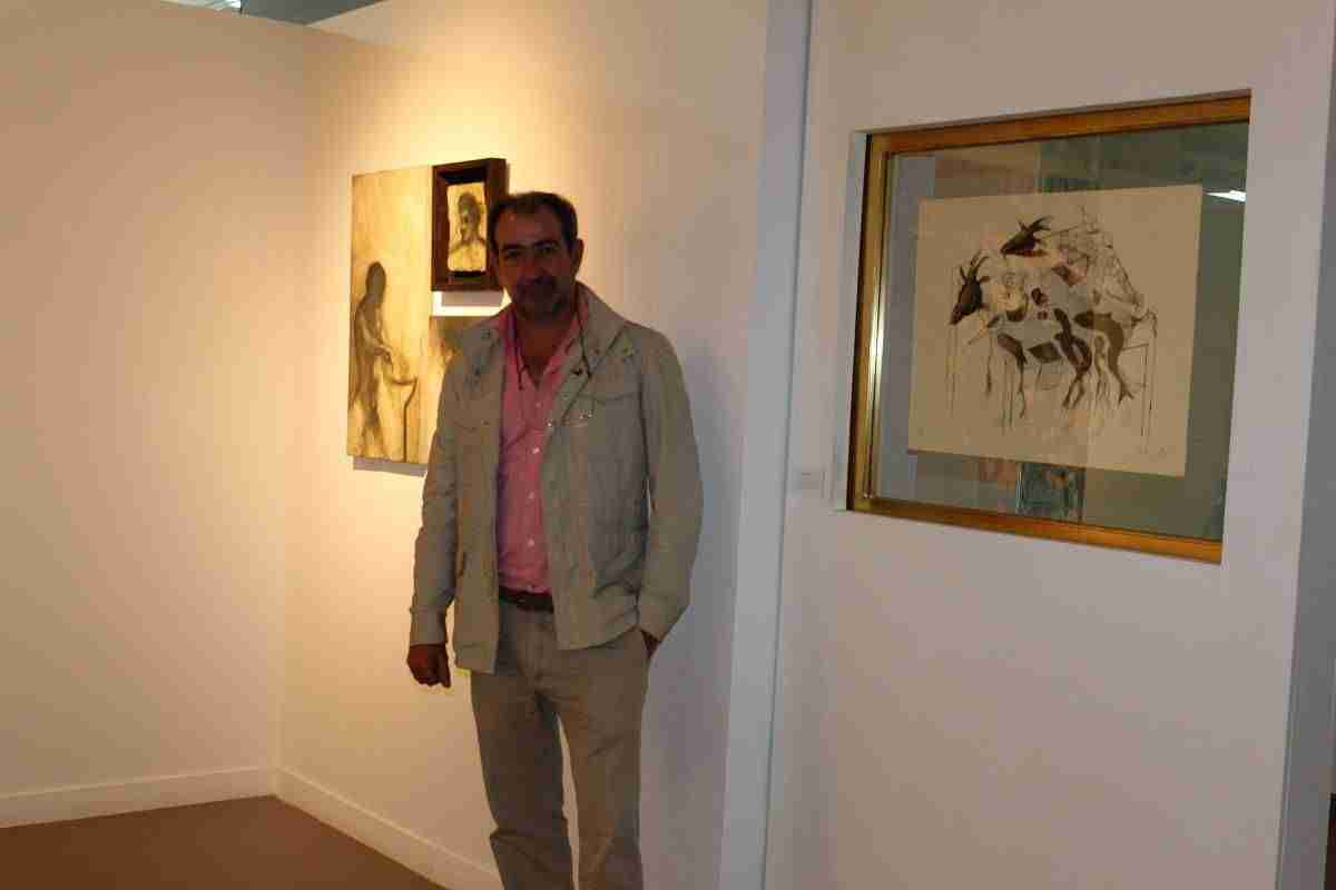Antonio Ruiz De Castañeda recibe una mención de honor por su trabajo 2