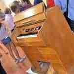 """conciertos acordes7 150x150 - Inaugurada la Exposición """"Conciertos Acordes"""" en la Sala La Ermitilla de Quintanar de la Orden"""