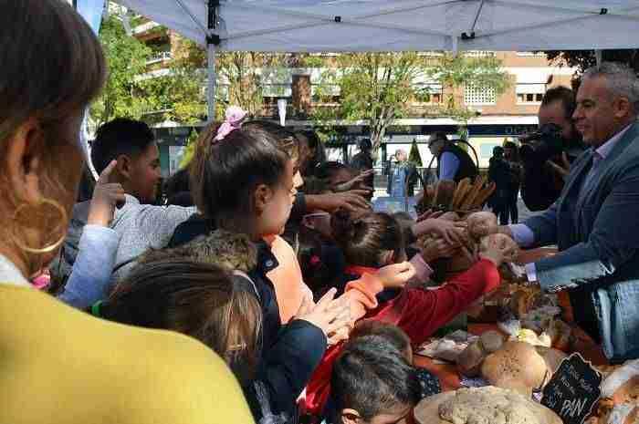 200-escolares-de-Ciudad-Real-participan-en-el-Día-Mundial-del-Pan.jpg 1