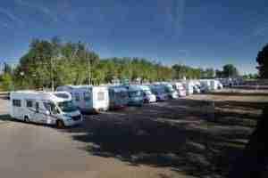 Argamasilla de Alba habilita en el recinto ferial un aparcamiento de autocaravanas 9