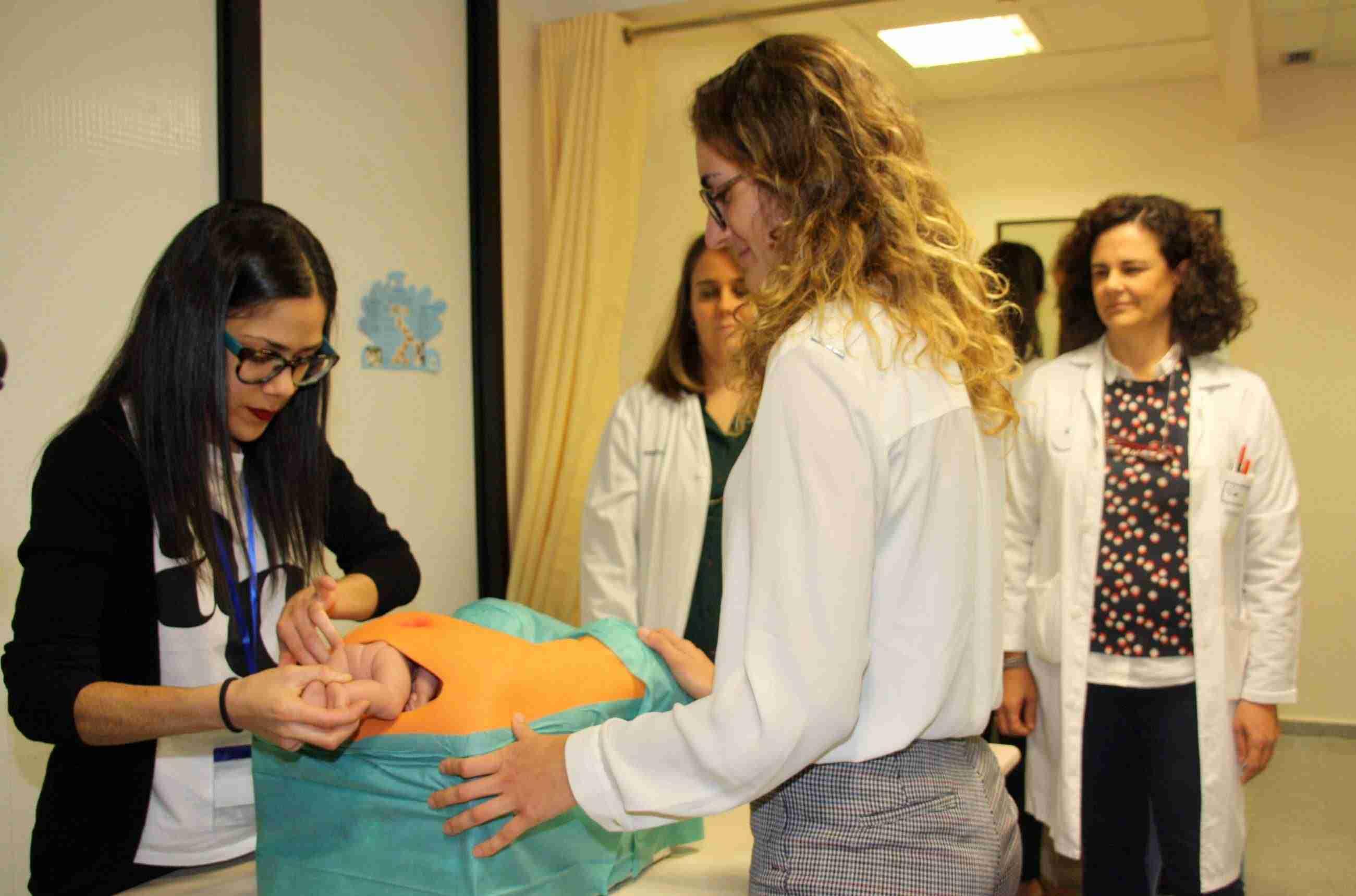 El Hospital Mancha Centro forma a 20 profesionales sobre el manejo de los desgarros graves que se pueden producir durante el parto 3