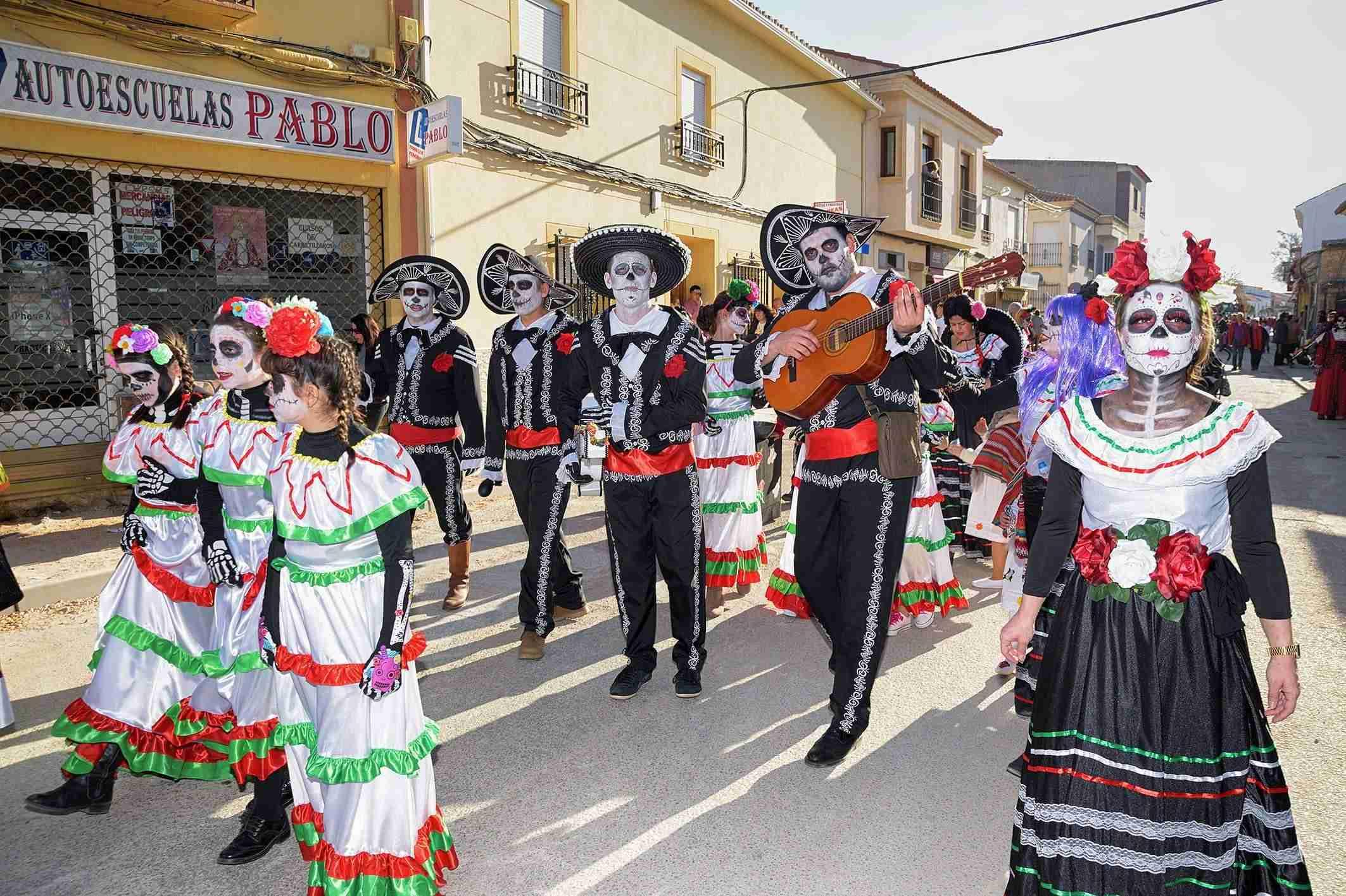 El Desfile de Comparsas Infantiles abre la actividad en la calle del Carnaval de Argamasilla de Alba 3