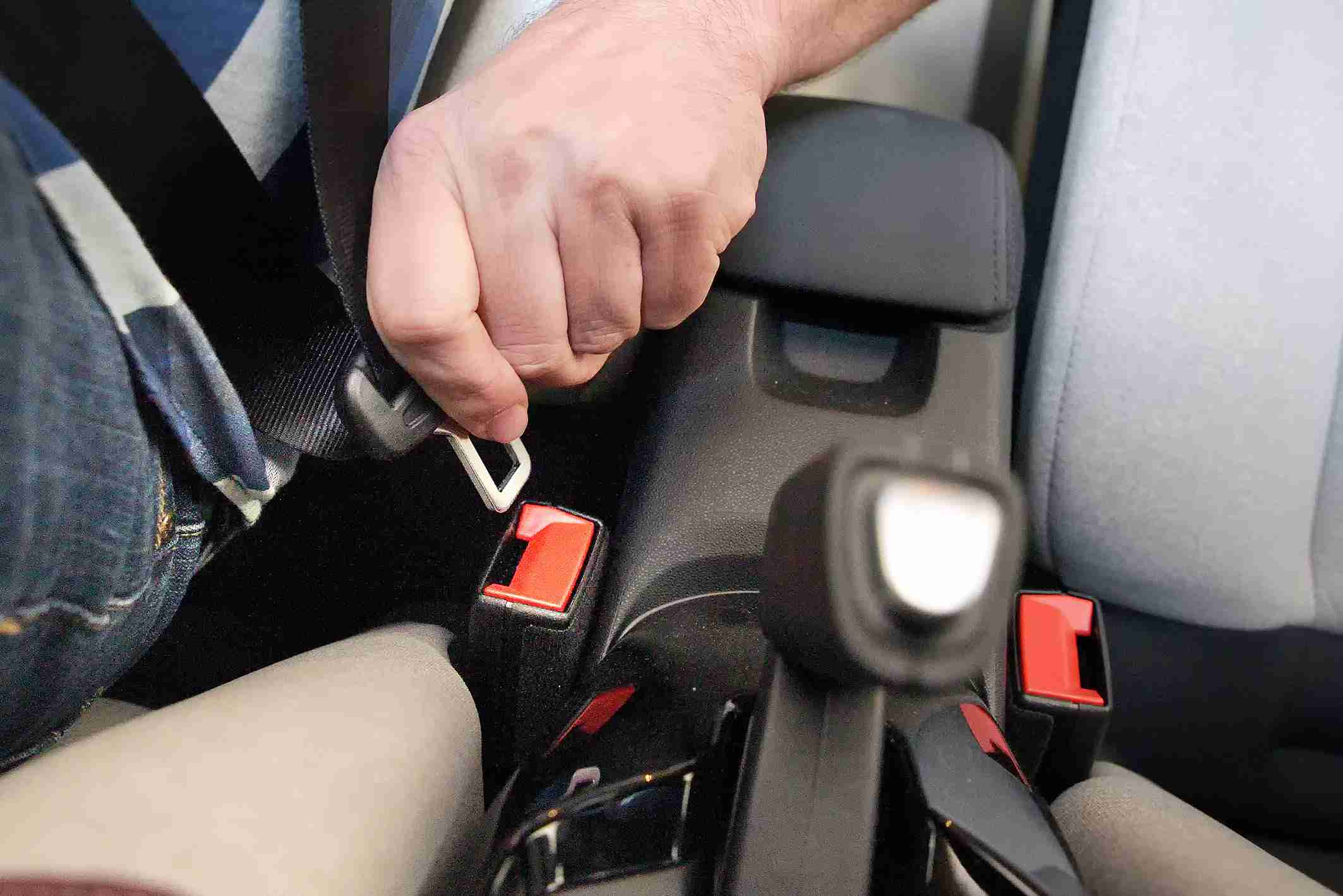 La campaña especial sobre el uso del cinturón de seguridad y los SRI finaliza con tan solo el 1,7 % de los conductores sancionados 3