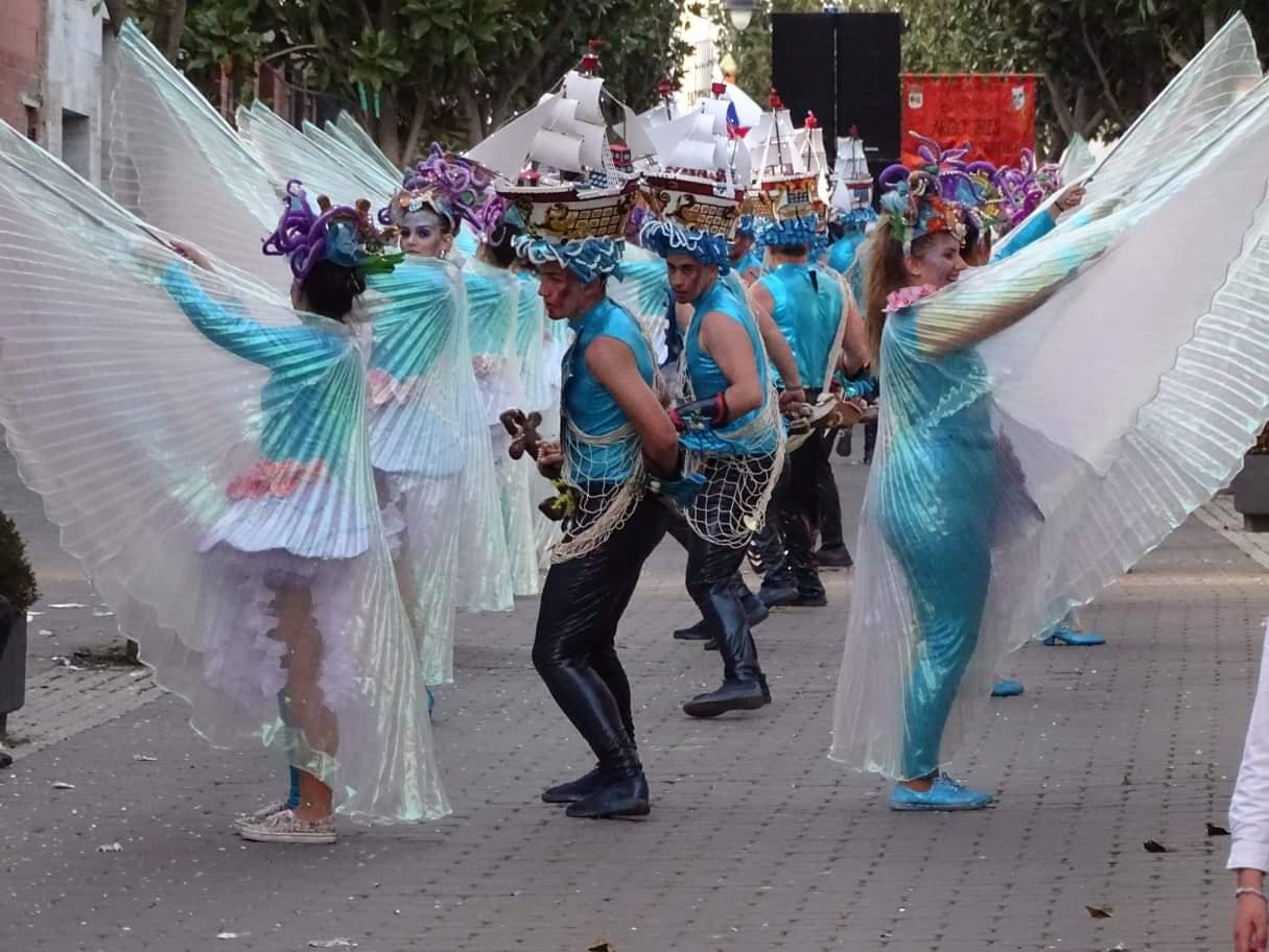 Originalidad, colorido y fantasía centraron el desfile de Carrozas y Comparsas en Torralba de Calatrava 9