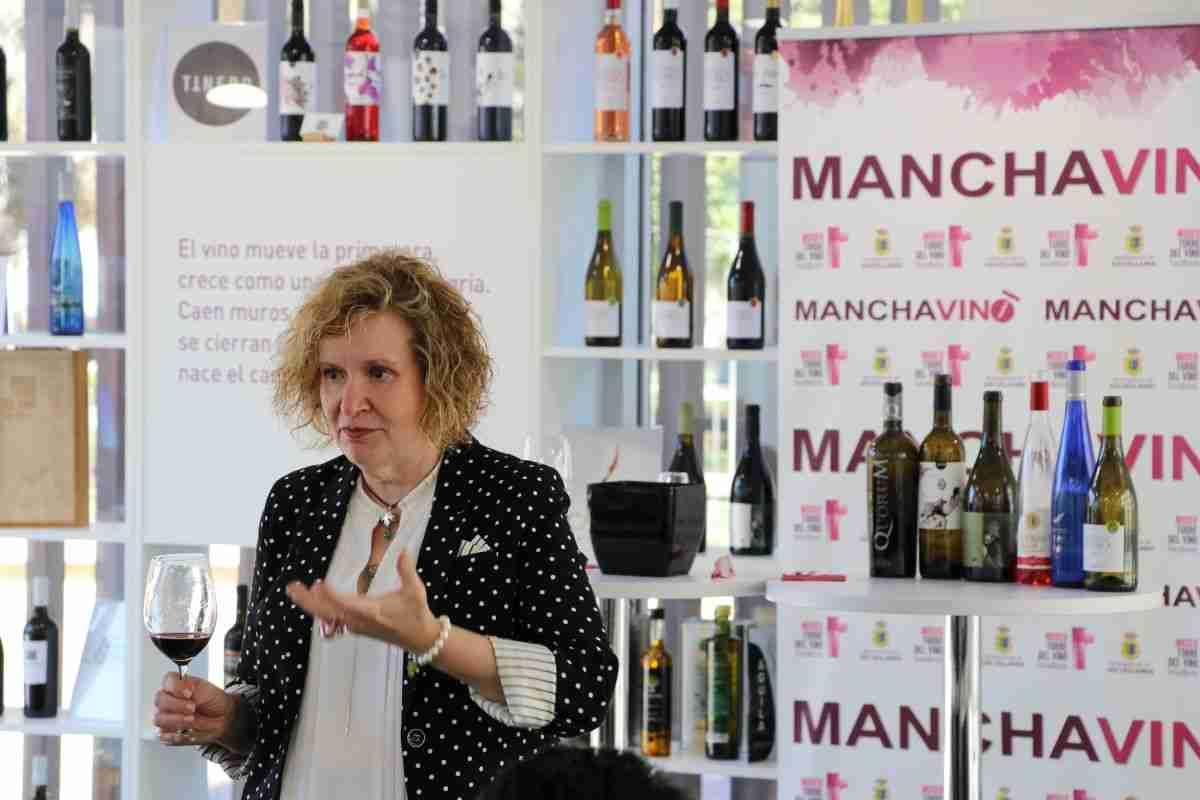 Socuéllamos reivindica el papel de la mujer en el sector del vino 9
