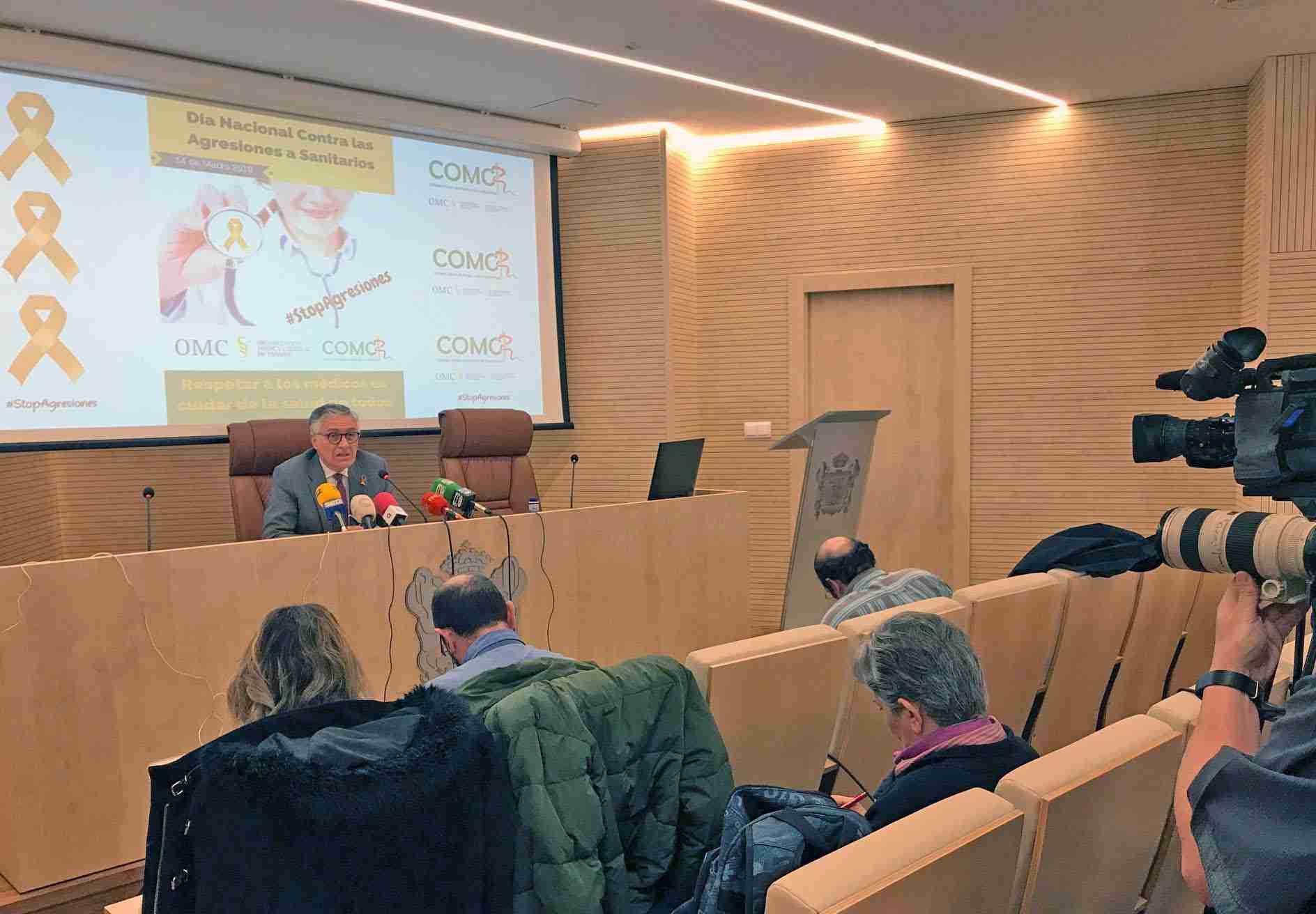 El Colegio de Médicos de Ciudad Real se suma a la conmemoración del día nacional contra agresiones 2