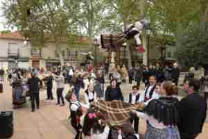 Argamasilla de Alba mantiene viva la tradición del Manteo del Pelele 2