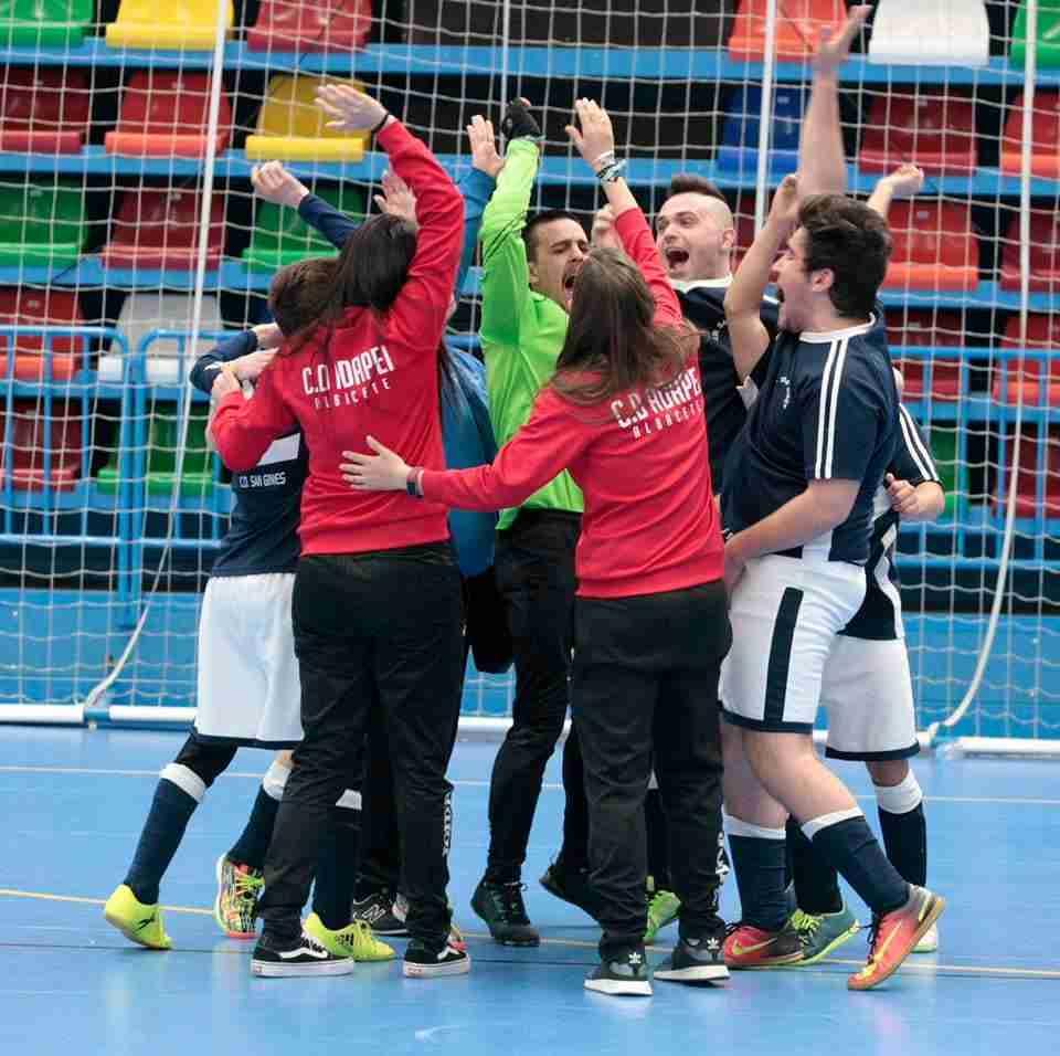 Gran participación en el campeonato regional de fútbol sala para personas con discapacidad intelectual 1