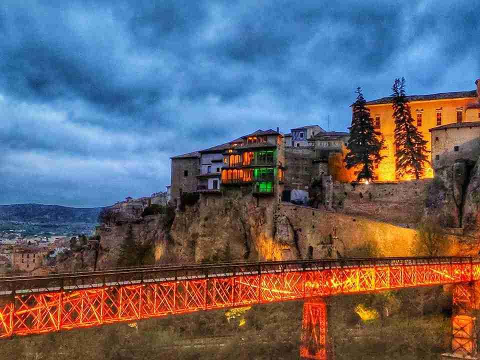 Toledo, Cuenca y Alcázar de San Juan se vistieron ayer de verde por la fibrosis quística 11