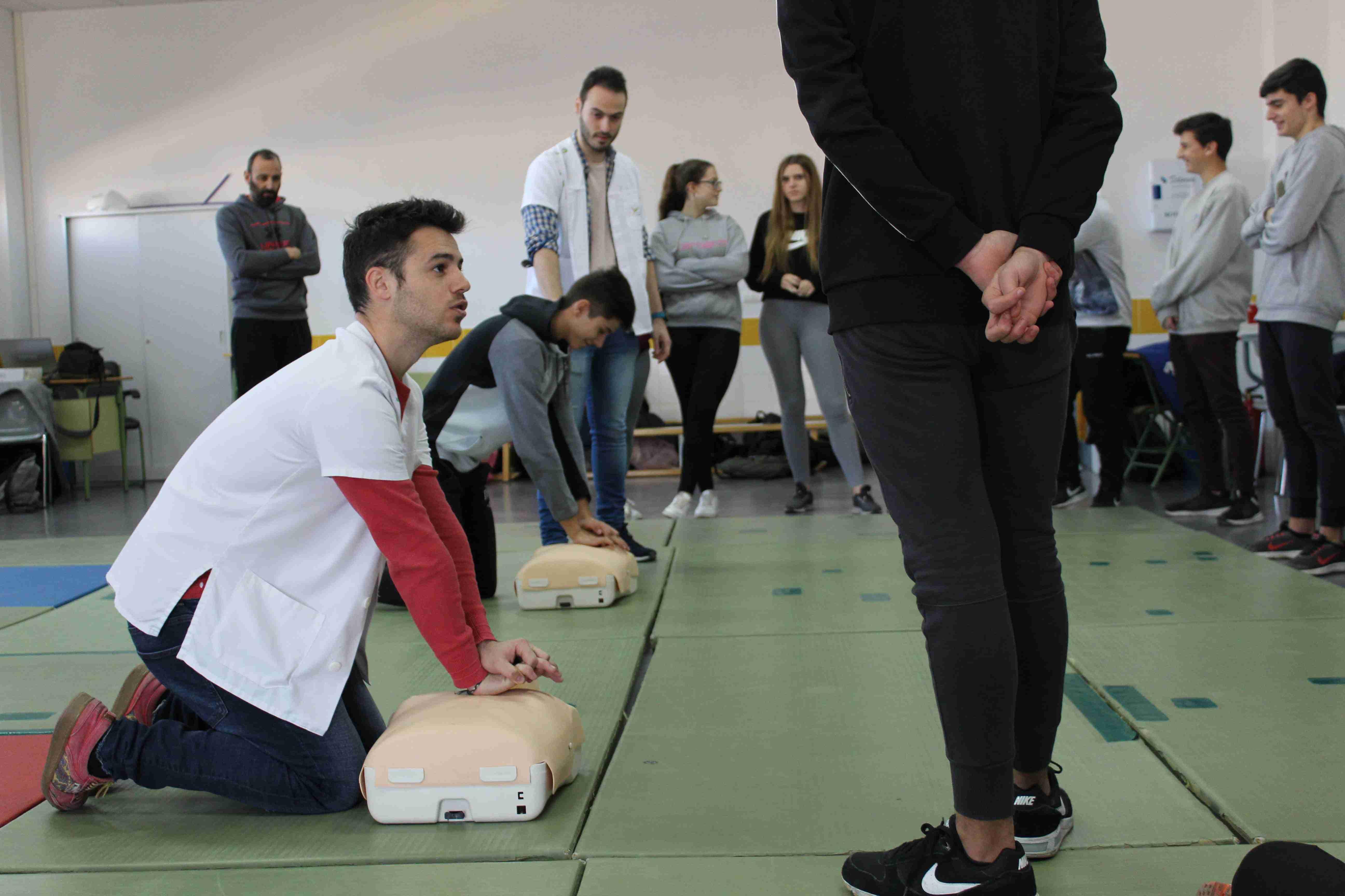 La Gerencia de Área de Villarrobledo realiza un proyecto para evaluar los conocimientos en primeros auxilios de 300 jóvenes 1