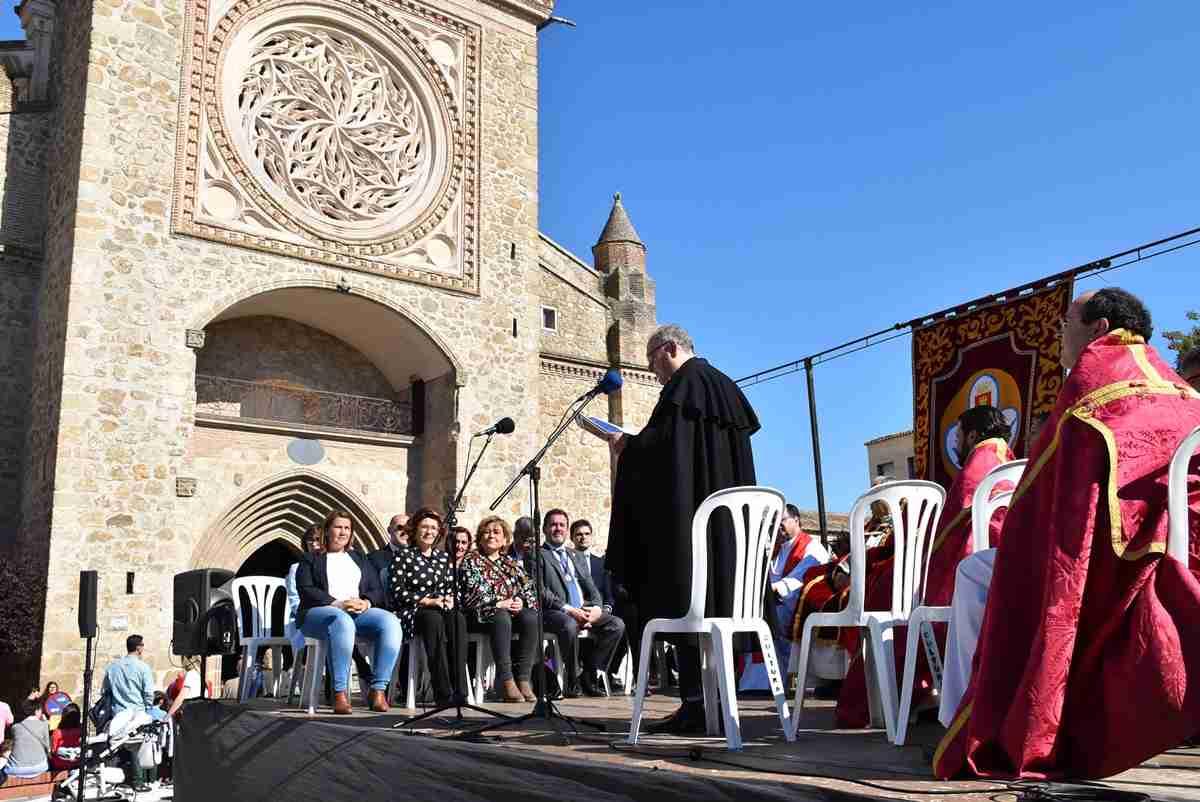 Agradecimiento a los municipios de la comarca por engrandecer la procesión de la Pasión de Talavera 1