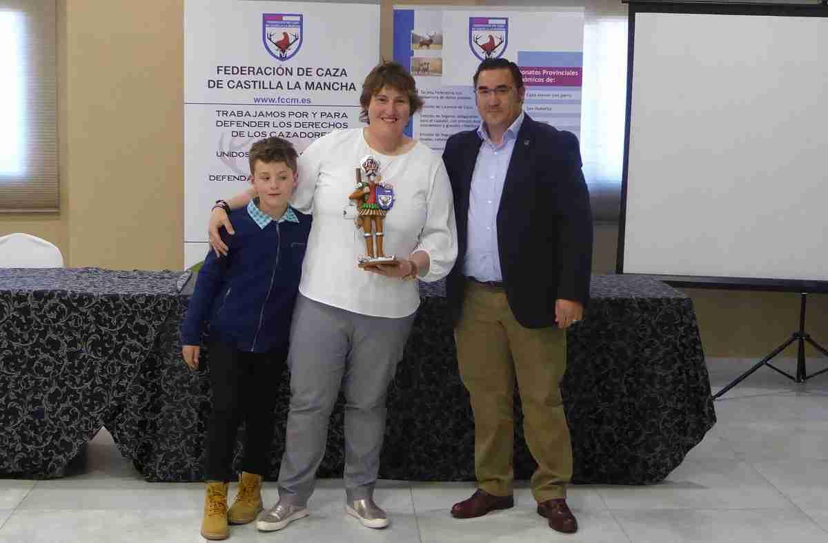 La tiradora Beatriz Laparra, premio 'Quijote Cazador' de la Federación de Caza de Castilla-La Mancha 1