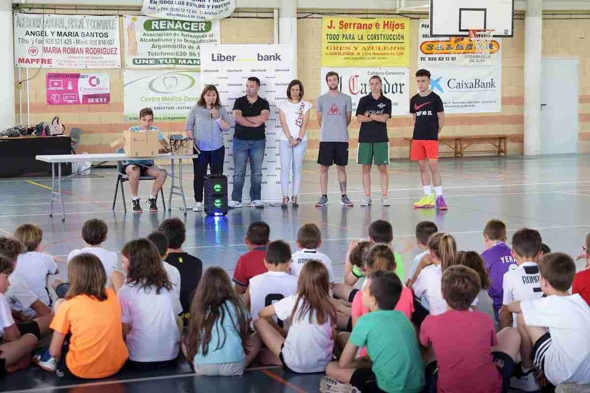Más de 80 niños y niñas compitieron en el IV Torneo de 3x3 de Baloncesto 2