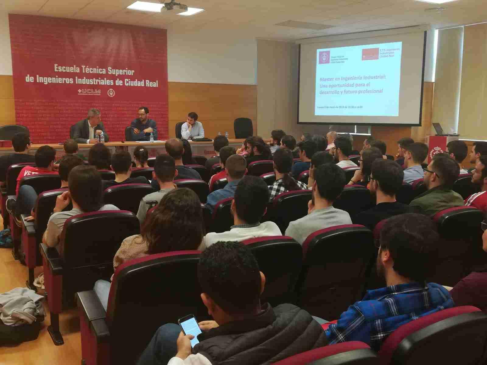 El COIIM explicó a los alumnos de la ETSII la diferencia entre Máster en Ingeniería Industrial y Grado 2