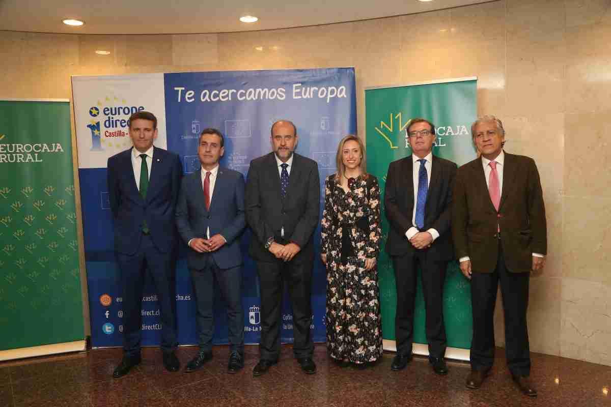 El Gobierno regional convoca este mes becas para la formación de especialistas en asuntos relacionados con la Unión Europea 1