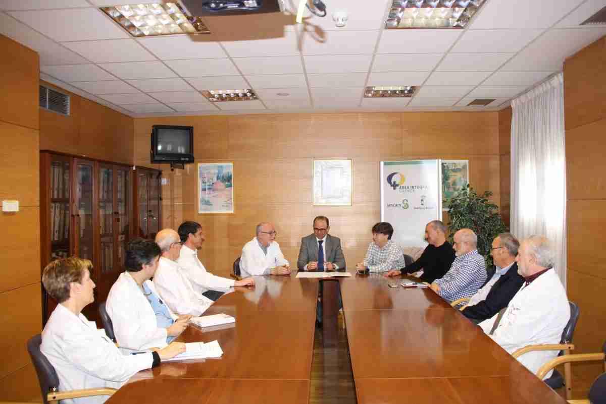 Las Gerencias de las Áreas Integradas de Cuenca y de Albacete suscriben un convenio para la puesta en marcha de Hemodinámica 1