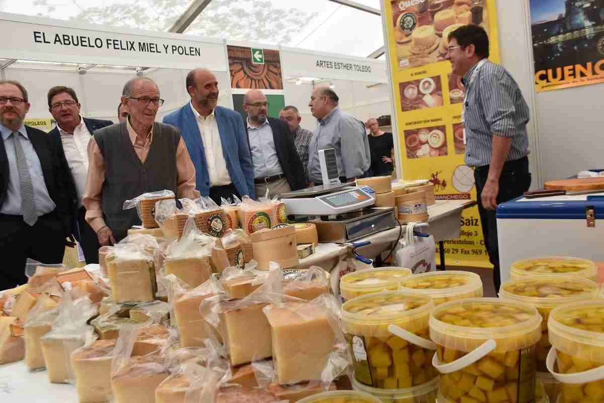 El sector artesano de la región se muestra en Farcama Primavera en Cuenca 2
