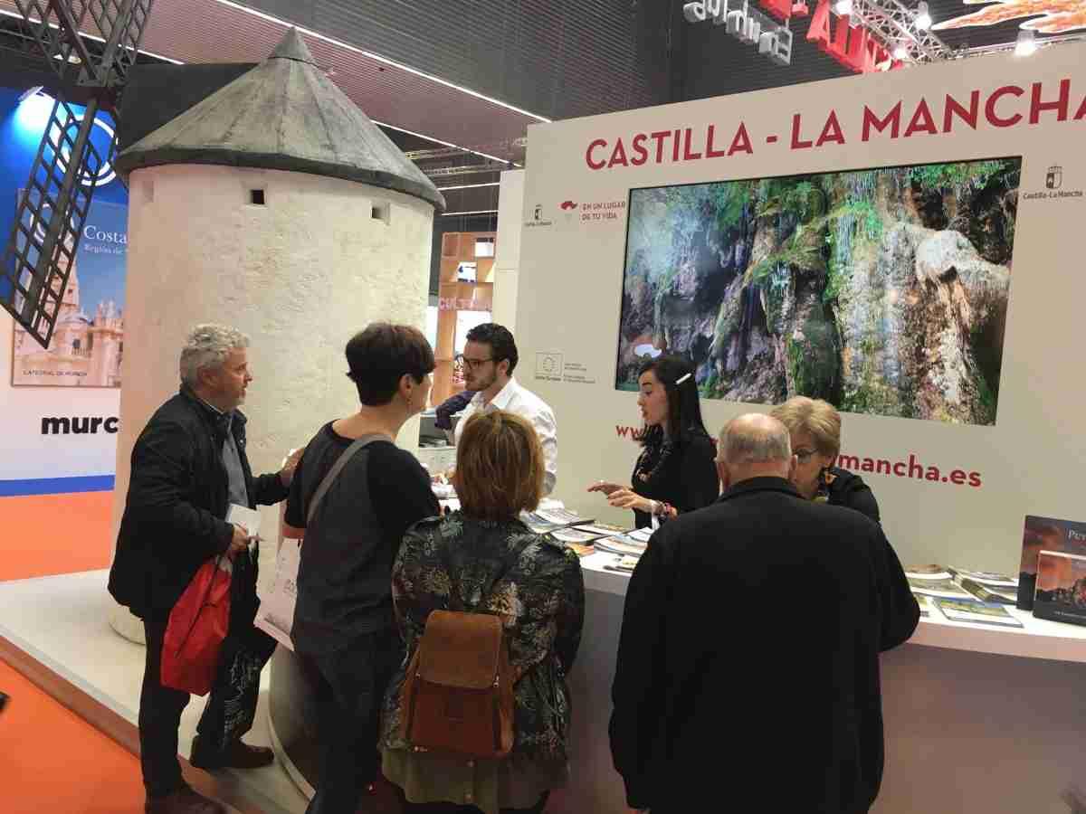 Castilla-La Mancha presente en la feria de turismo 'Expovacaciones' que se ha celebrado en Bilbao este fin de semana 1